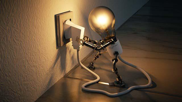 """Ahorrar en la factura de la luz con """"La Electricista"""""""