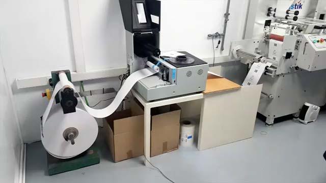 Automatización de expendedor de papel